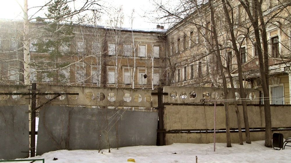 The collapsing building of the Flight School is a disgrace to the Orenburg region authorities.